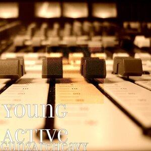 Young Active Foto artis