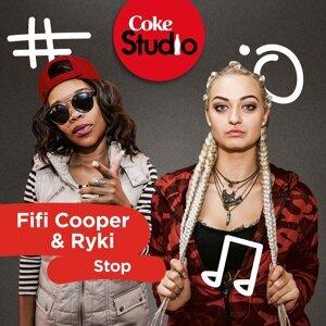 Fifi Cooper, Ryki Foto artis