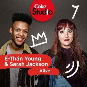 É-Thán Young, Sarah Jackson Foto artis