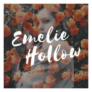 Emelie Hollow Foto artis