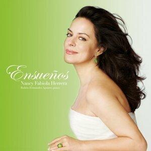 Nancy Fabiola Herrera, Rubén Fernández Aguirre Foto artis