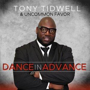 Tony Tidwell, Uncommon Favor Foto artis