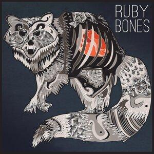 Ruby Bones Foto artis