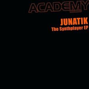 Junatik 歌手頭像