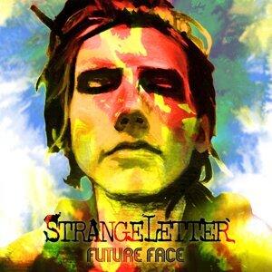 Strangeletter Foto artis