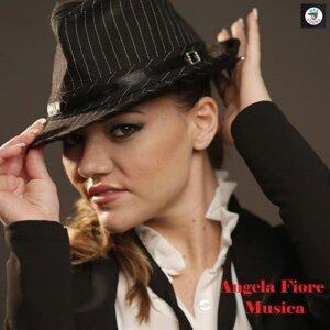 Angela Fiore Foto artis