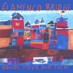 Daniel Maya and Tocar Foto artis