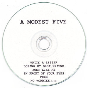 A modest five Foto artis