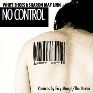 White Shoes, Sharon May Linn Foto artis