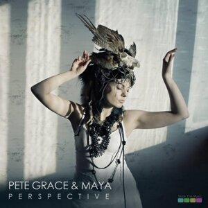 Pete Grace, Maya Foto artis