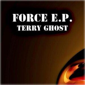 Terry Ghost, Stephan Crown Foto artis