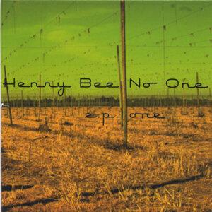 Henry Bee NoOne Foto artis