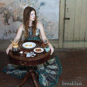 Emily Keener Foto artis