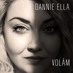 Dannie Ella Foto artis