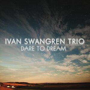 Ivan Swangren Trio Foto artis