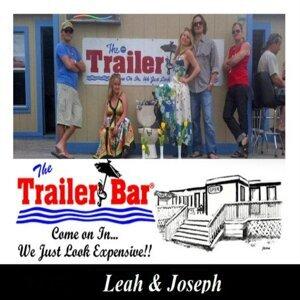 Leah & Joseph Foto artis