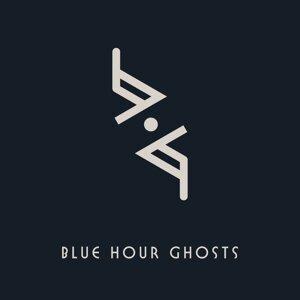 Blue Hour Ghosts Foto artis