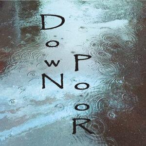 Down Poor Foto artis
