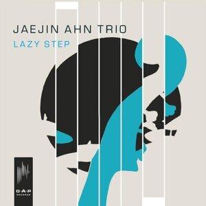 Jaejin Ahn Trio Foto artis