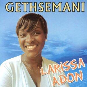 Larissa Adon Foto artis