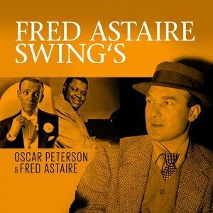 Oscar Peterson & Fred Astaire, Oscar Peterson Foto artis