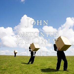 John Antonius Foto artis