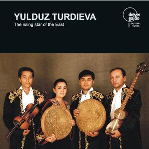 Yulduz Turdieva Ensemble Foto artis