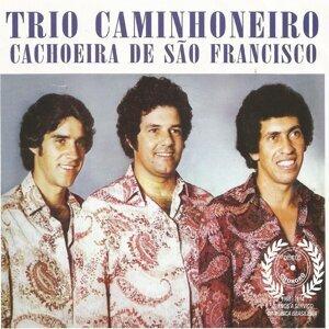 Trio Caminhoneiro Foto artis