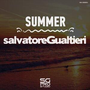 Salvatore Gualtieri Foto artis