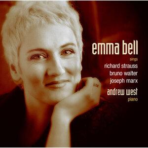 Emma Bell Foto artis