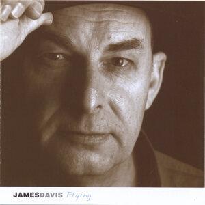 James A Davis Foto artis