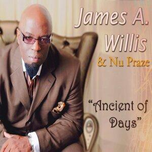 James A. Willis, Nu Praze Foto artis