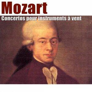 Sinfonietta de Chambord, Amaury du Closel, Jean-Pierre Arnaud, Jean-Claude Montac Foto artis