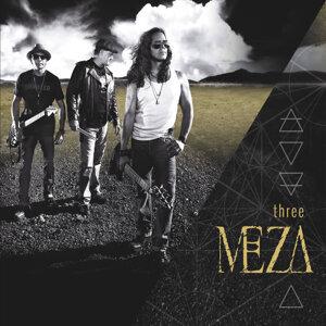 Meza Foto artis