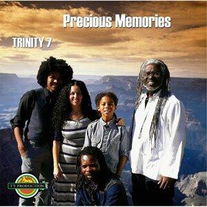 Trinity 7 Foto artis