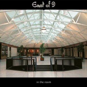 East of 9 Foto artis
