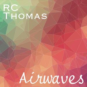 RC Thomas Foto artis