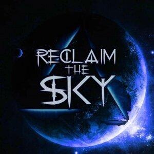 Reclaim the Sky Foto artis