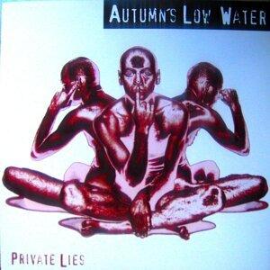 Autumn's Low Water Foto artis