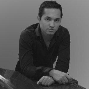 Arturo Bassol Foto artis