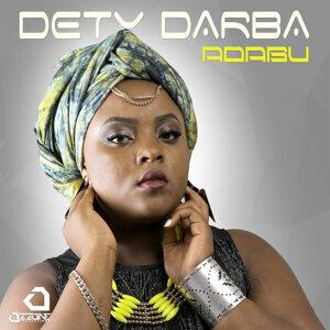 Dety Darba Foto artis
