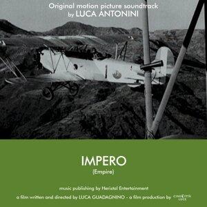 Luca Antonini Foto artis