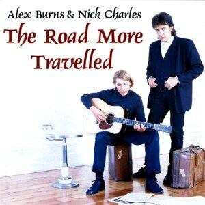 Alex Burns, Nick Charles Foto artis