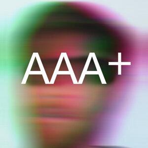 AAA+ Foto artis