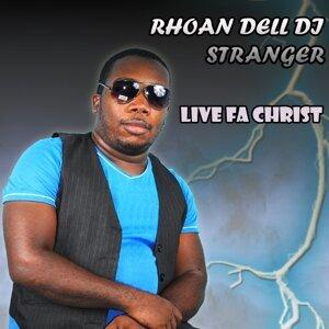 Rhoan Dell Di Stranger Foto artis