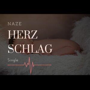 Naze Foto artis