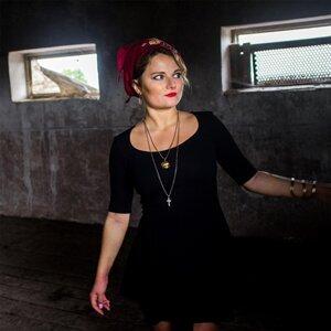 Dasa Kostovcik, Pauleak Foto artis