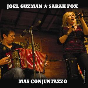 Joel Guzman, Sarah Fox Foto artis