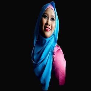 Rubisa Tiasin Foto artis