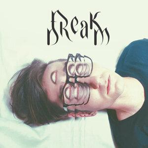 Freak Dream Foto artis